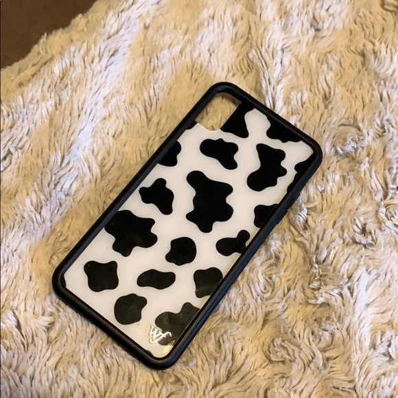 hot sales f61f5 17324 Wildflower Accessories | Cow Print Phone Case Xs Max | Poshmark
